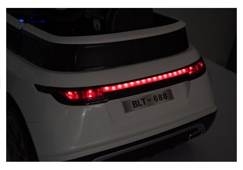 Masinuta electrica pentru copii Cabrio F4 (BLT688) Roz